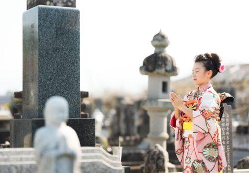 お墓参りフォトコンテストにて、応募した作品が 大賞 および 日本石材産業協会賞(ダブル受賞)に選ばれました。